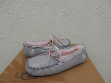UGG DAKOTA SHINY GRAY BREAST CANCER AWARENESS MOCCASIN SLIPPERS, US 11/ 42 ~NIB