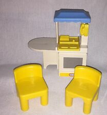 LITTLE TIKES DOLLHOUSE  -  Kitchen LOT - Table and 2 Chairs
