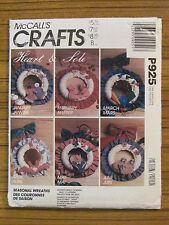 McCALL'S CRAFTS PATTERN -P925 WREATH HEART & SOLE CHRISTMAS HALLOWEEN JULY UNCUT
