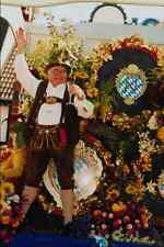 767004 Innkeepers Marching In Their Traditional Costume Oktoberfest A4 Photo Pri