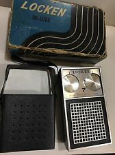 VINTAGE LOCKEN DE-LUXE POCKET RADIO  AM(MW)- BAND FROM THE 1960S+BOX+ CASE
