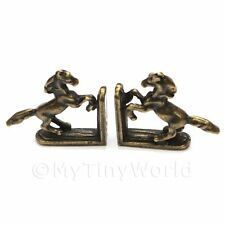 Ein Paar Puppenhaus Miniatur Antik Messing Tänzelndes Pferd Buch Enden