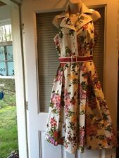 Gorgeous Ladies S , Vintage 60's Style ,Floral Dress W Red And White Sash ,