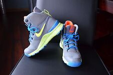 NIKE STASIS ACG SHOES SIZE US 3.5Y EUC