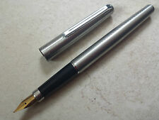 Stylo plume vulpen fountain pen fullhalter WING SUNG 220 nib écriture writing 鋼筆