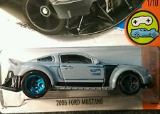 HOt WHeeLs® 2005 FORD MUSTANG