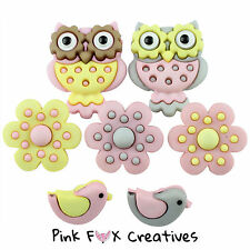 WHOO LOVES YOU DRESS IT UP NOVELTY CRAFT BUTTONS OWL ANIMAL FLOWER CHICK BIRD UK