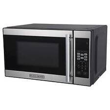 Black + Decker 0.7 Cu. Ft. 700 Watt Microwave Oven - Black EM720CPN-P
