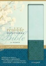 NIV Real-Life Devotional Bible for Women, Compact : Insights for Everyday...