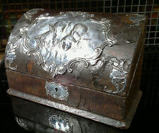 Antiguo Plata 1902 William Comyns Cuero Atado letra Caja Repousse Angels