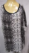 14TH & UNION TUNIC TOP BLACK & WHITE REPTILE PRINT SHORTER IN FRONT SZ XL NWT