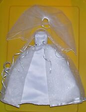 MATTEL BARBIE DOLL WHITE WEDDING DRESS & VEIL FASHION CLOTHES NEW FROM PACKAGE