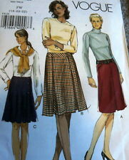 LOVELY SKIRTS VOGUE SEWING PATTERN 6-8-10 UNCUT