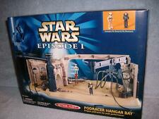 Podracer Hangar Bay Action Fleet Star Wars 1998 Micro Machines Galoob Pit Droid