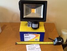 led floodlight,superior quality, 20 watt with sensor,warm white,rrp £39.00