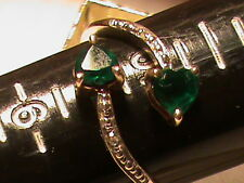 Beautiful 10k Gold Green stones with Diamonds Ring, 2.5 grams