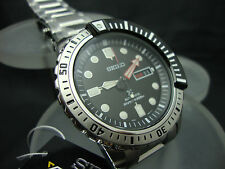 New SEIKO PROSPEX DIVER 200m WITH SS BRACELET SRP587 (NS13)