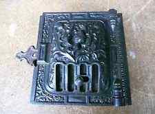 Antike Ofentür Guss Jugendstil mit Rahmen und Marke XIIII