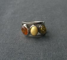 Intriguing 925 Sterling silver Amber stone ring green Baltic egg yolk size Q 1/2