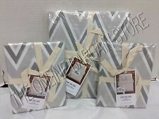 Pottery Barn West Elm Pop ZigZag Duvet Cover Full Queen FQ Shams EUR Feather GRY