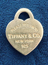 TIFFANY & CO RETURN TO TIFFANY NEW YORK SILVER HEARTH CHARM PENDANT