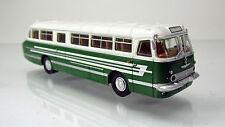 Brekina 59459 Ikarus 55 Omnibus weiß/laubgrün  mit Dekostreifen TD