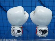Hot Toys 1:6 MMS36 Apollo Creed (Rocky IV) Figure - Boxing Gloves x2