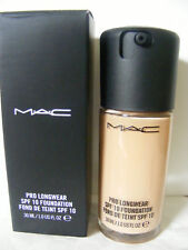 Mac Foundation PRO LONGWEAR FOUNDATION  SPF10 NW25