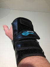 VINTAGE BLACK LEATHER EBONITE BOWLING WRIST SUPPORT RIGHT HANDED SIZE MEDIUM