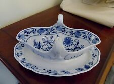 "MEISSEN BLUE ONION GRAVY SAUCE BOAT WITH ATTACHED UNDERPLATE 10"" SINGLE swords"