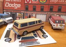 Papercraft PLYMOUTH VOYAGER VAN 1974-1977 PaperCar  E Z U-build toy model van