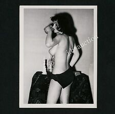 YOUNG NUDE WOMAN PLAYING AROUND / JUNGE NACKTE FRAU HAT SPASS * 60s Photo #15
