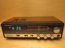 TRUE VINTAGE REALISTIC CHRONOMATIC - 218 AM / FM STEREO ALARM RADIO VIC-THOR1