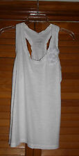 OLD NAVY SZ SMALL WHITE SLEEVELESS ROUND NECK PULLOVER TOP WITH FRINGE DECOR
