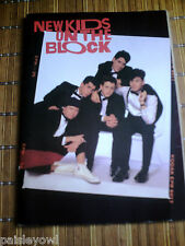 New Kids on the Block Poster Book 1989  NKOTB With 8 Posters