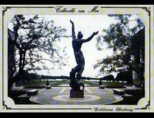 COLLEVILLE (14) CIMETIERE MILITAIRE AMERICAIN / SCULPTURE du MEMORIAL