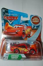 CARS DISNEY FLASH MCQUEEN AVEC CONE LOOK MY EYES CHANGE NEUF
