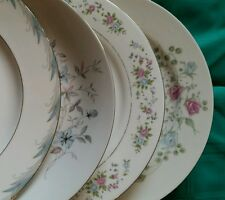 4 Vtg WHITE Floral Mismatched China Dinner Plates, Shabby Chic Wedding Tea DP2c