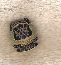 #D85.  WESTERN SUBURBS ICE HOCKEY CLUB SUPPORTER LAPEL BADGE