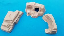 MARX PLAYSET  - THREE ROCK FORMATIONS - WESTERN PLAYSETS  - TERRAIN