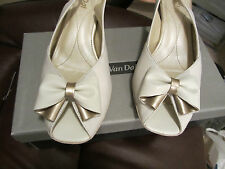 LADIE VAN DAL BLANC/S.GOLD PEEP TOE SLING BACK SHOE/SANDLE UK 6 1/2 D