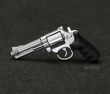 1/6 Scale Hot Toys  MMS139 Resident Evil Afterlife ALICE Milla Revolver Pistol
