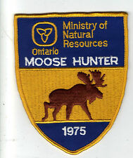 1975 ONTARIO MNR SUCCESSFUL MOOSE HUNTER PATCH-MICHIGAN DNR DEER-BEAR-CREST-ELK