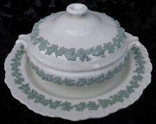 WEDGWOOD EMBOSSED QUEENSWARE CELADON GREEN ON CREAM  COVERED TUREEN