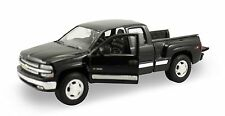 "Welly 1999 Chevy Silverado 1500 Pickup truck 1:24 diecast 8"" model Black W117"