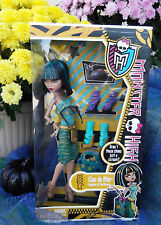 2013 Monster High CLEO DE NILE I Love HEART Shoes Doll Earrings Fashion Pack NEW