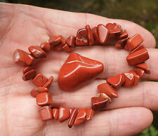 RED JASPER CHIP BEADED STRETCH BRACELET  POLISHED TUMBLESTONE GIFT BAG & CARD