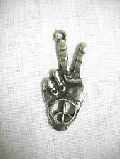 FUN WAY COOL PEACE SIGN HAND SYMBOL CAST PEWTER PENDANT ADJ CORD NECKLACE