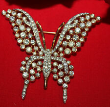 LOVELY TRIFARI SIGNED RHINESTONE BUTTERFLY PIN GOLD PLATED-EXCELLENT!!!!!