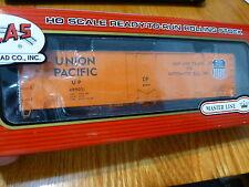 Atlas HO #20001378 Union Pacific #499051 (50' Plug Door Box Car)
